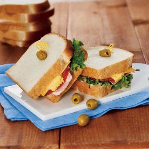【可愛い】タリーズ×トムとジェリー初のドリンク&フード!チーズ好きも見逃せないぞ。