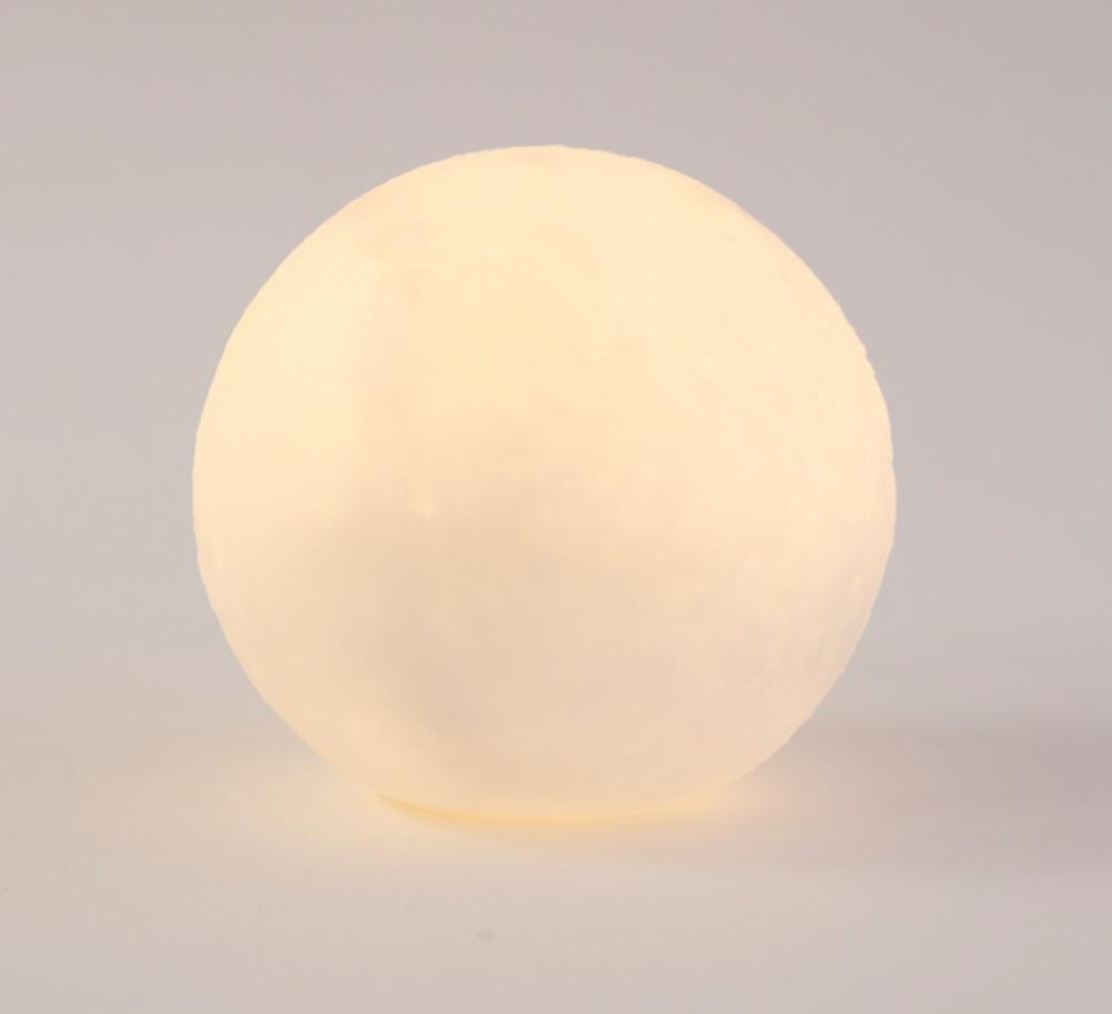 【エモい】300円のスリコ・ムーンライトが「お月様のよう」...優しい光で高見え。