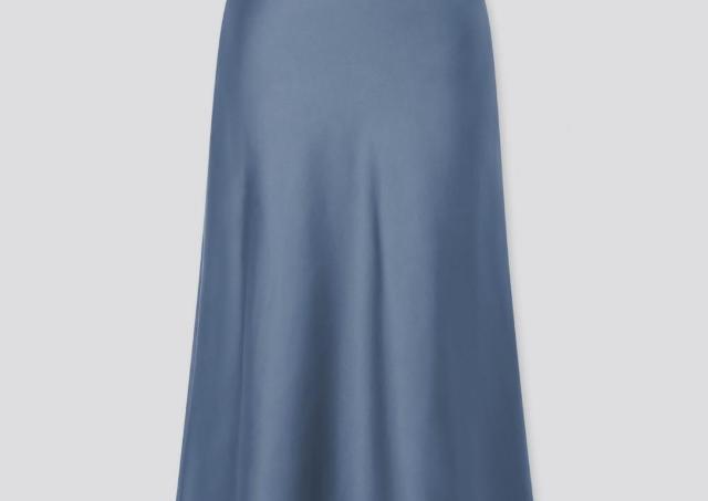 「可愛いのに安くて最高」「コスパ最強」ユニクロの500円スカート、欲しい。