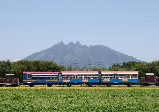 南阿蘇鉄道トロッコ列車「ゆうすげ号」運行開始