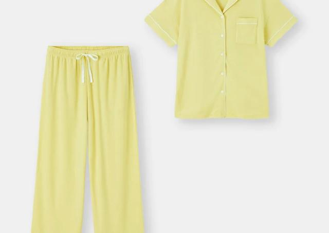 【GU】ハチミツ配合のパジャマで春夏も快適に!抗菌防臭加工はうれしい。