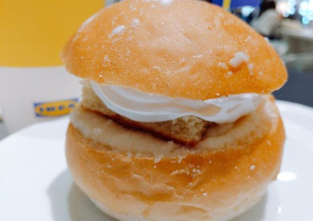 【イケア】話題のマリトッツォみたい?スウェーデン伝統のイースターお菓子食べてみた。