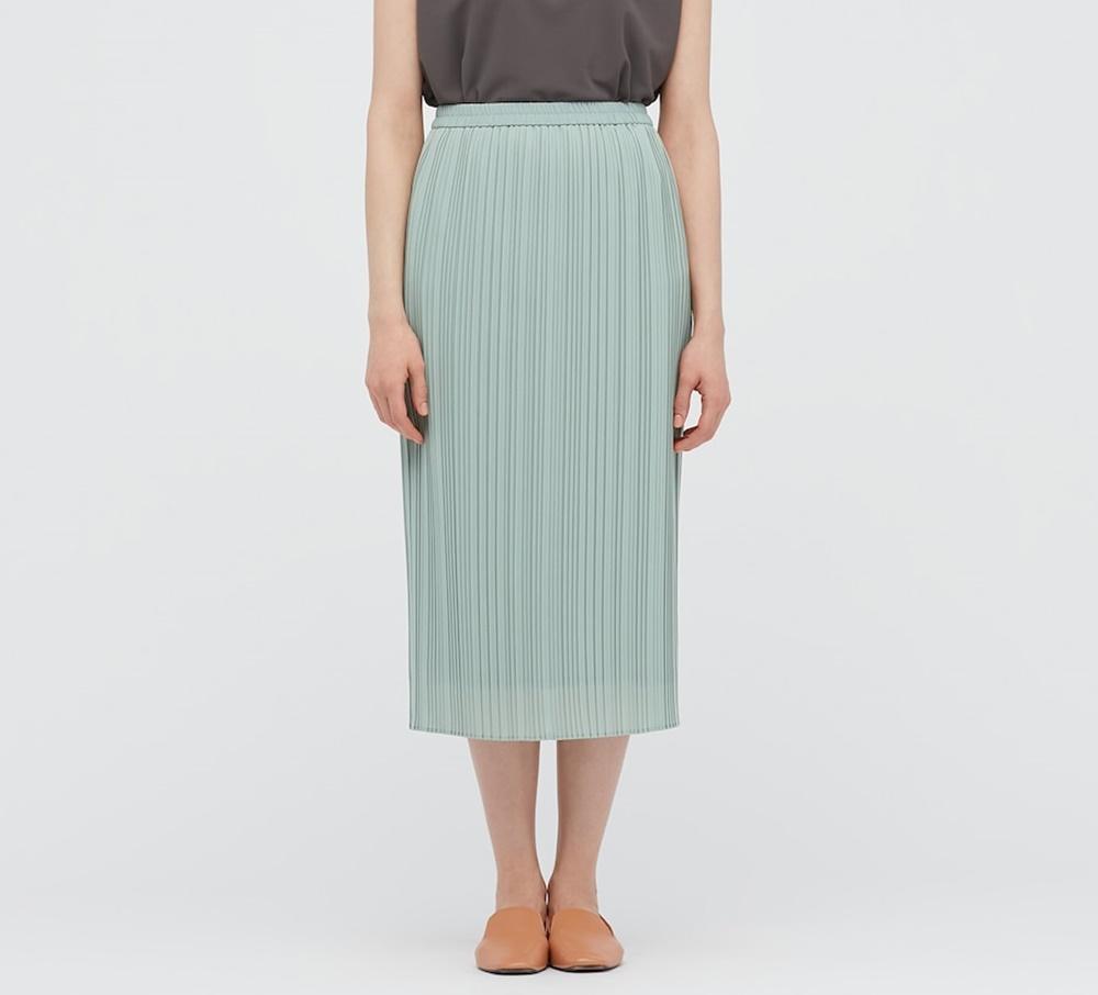 【ユニクロ】スッキリ見えの「着痩せスカート」が1000円オフ!15日までだから急いで~