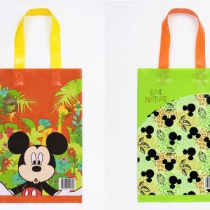 「55円」で可愛いなんて!ディズニーバッグ、めっちゃ近場で買えるじゃん。
