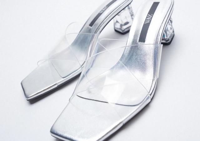 【ZARA】大幅値下げのいまが買い時!おしゃれで履きやすいサンダル3選
