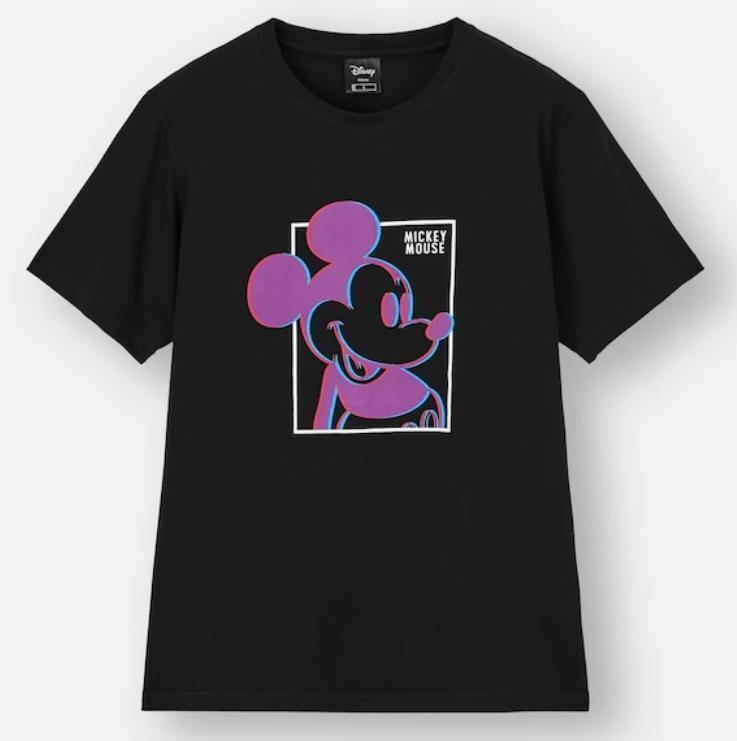 ミッキーたちが3Dで飛び出す!?GUのユニークなディズニーTシャツ欲しい。
