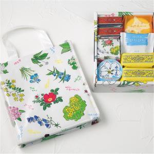 花柄の「特製保冷バッグ」付き!六花亭の「7月おやつセット」はいつも以上に買い。
