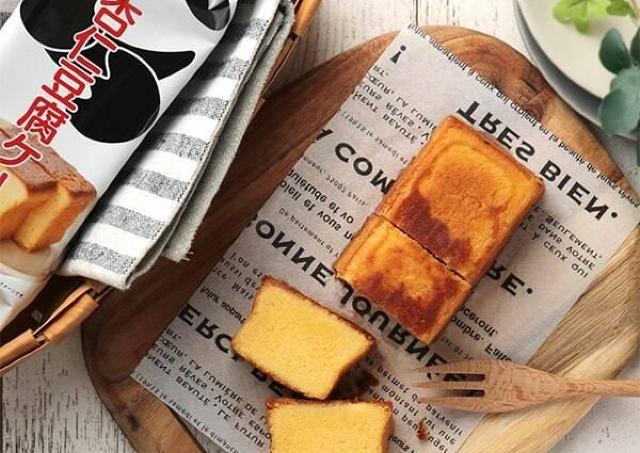 人気のカルディ「杏仁豆腐」がケーキに!しっとり食感おいしそ~。