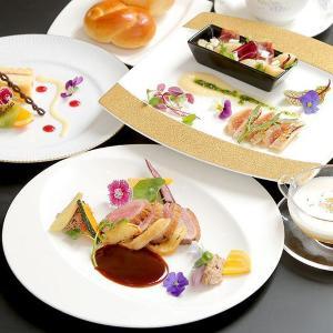 岡山県産の美味しい桃とブドウを使ったコース料理!