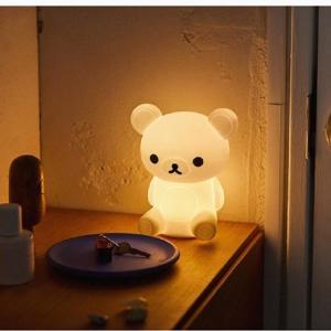 リラックマの形をしたライト可愛すぎん?本屋さんで待ってるよ~。