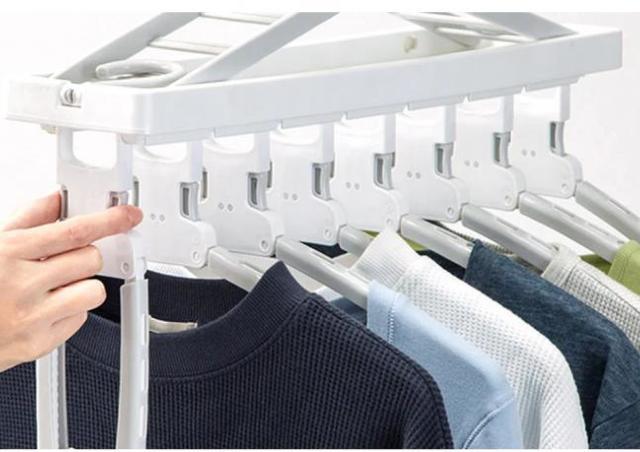 一瞬で洗濯物が取り込める!嬉しい機能いっぱいのニトリ「8連ハンガー」で時短しよ。
