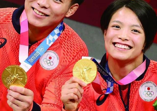 日本人選手の活躍をオールカラーで記録!全200ページ、東京五輪の報道写真集発売